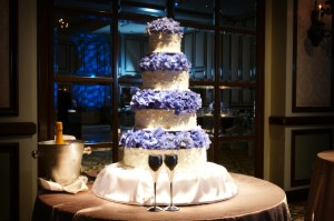 A custom wedding cake spot specifically to highlight the elegant wedding cake at this Colorado wedding.