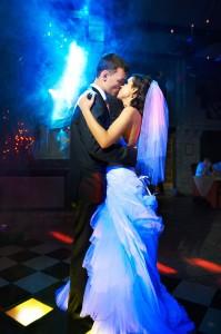 Vibrant Colorado wedding dance with a happy Bride and Groom
