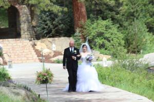 Della Terra wedding ceremony