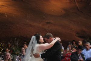 romantic-cave-wedding