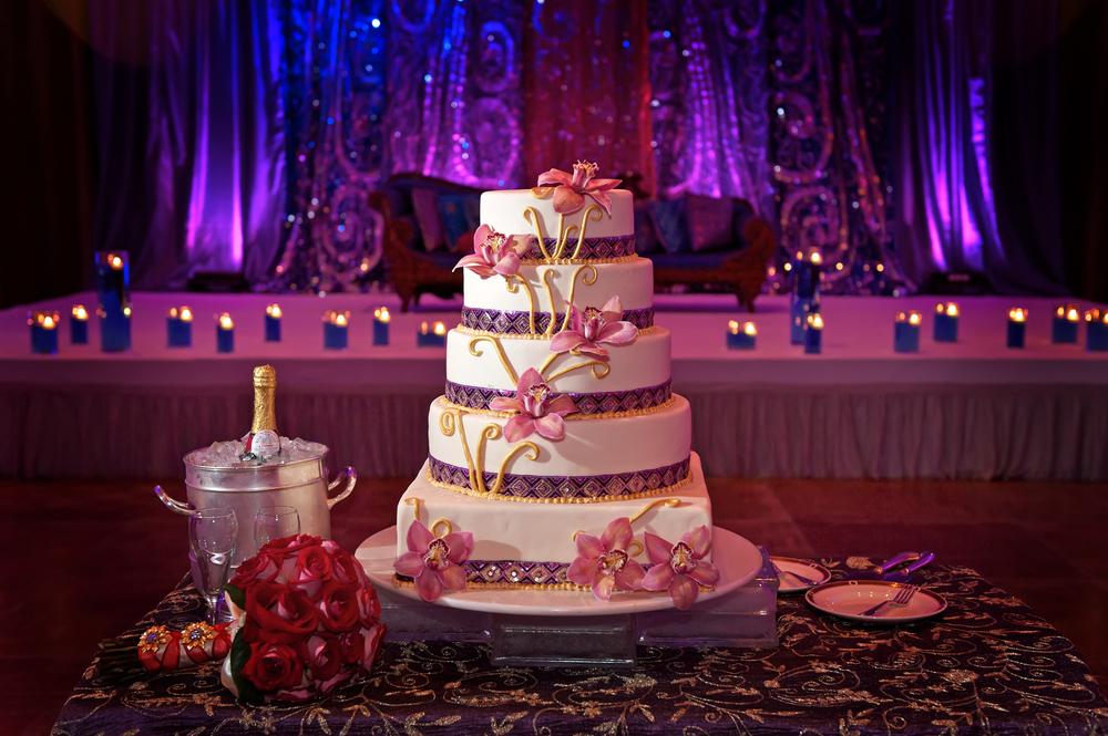 cakespot.colorfulbackground